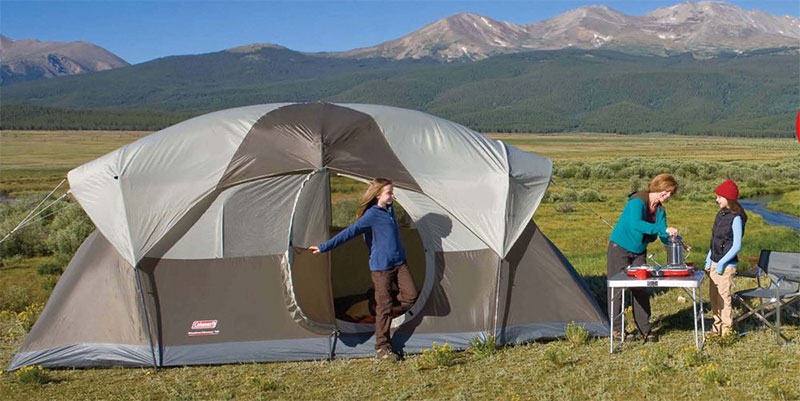 Coleman WeatherMaster 10 Person Hinged Door Tent Review