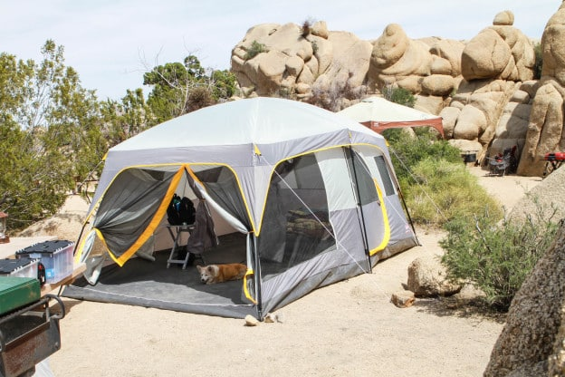 Features of Coleman WeatherMaster 10 Person Tent